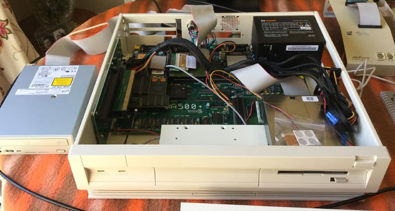 A500+ in Checkmate A1500 Plus with working CD Drive